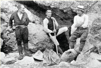 Walter Weston and local guides