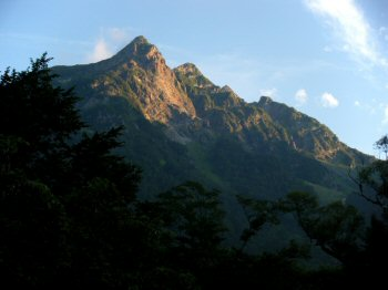 Mt. Myoujin-dake in the Morning Sun